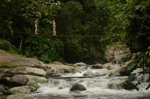 Poço do Tarzan. Cachoeiras na Paraty-Cunha