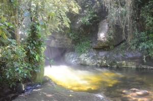 Poço do Inglês. Cachoeiras na Paraty-Cunha