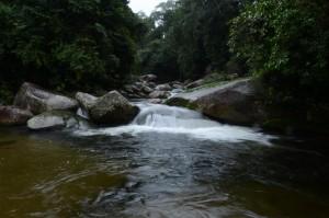 Poço da Jamaica. Cachoeiras na Paraty-Cunha